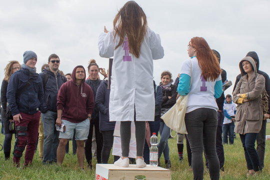 Soapbox Science: Calling All Women* Scientists!