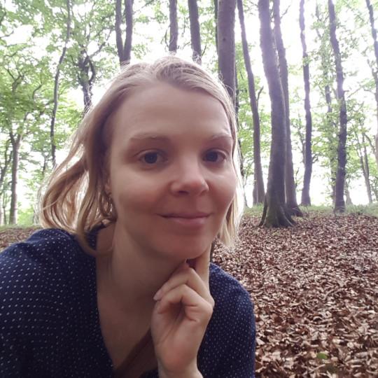 Photo of Bettina Schmidt